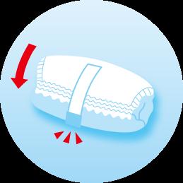 благодаря ленточке для фиксации использованного подгузника в свернутом виде